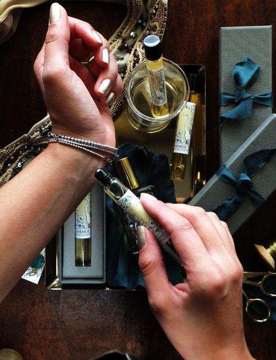 ÁNEMOS-Profumo Botanico-Perfume Roll-on Gift Box-12 ml