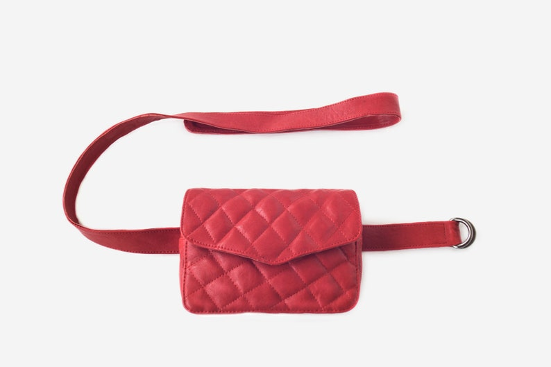 Small red chain bag Little red leather purse Gucci style image 0