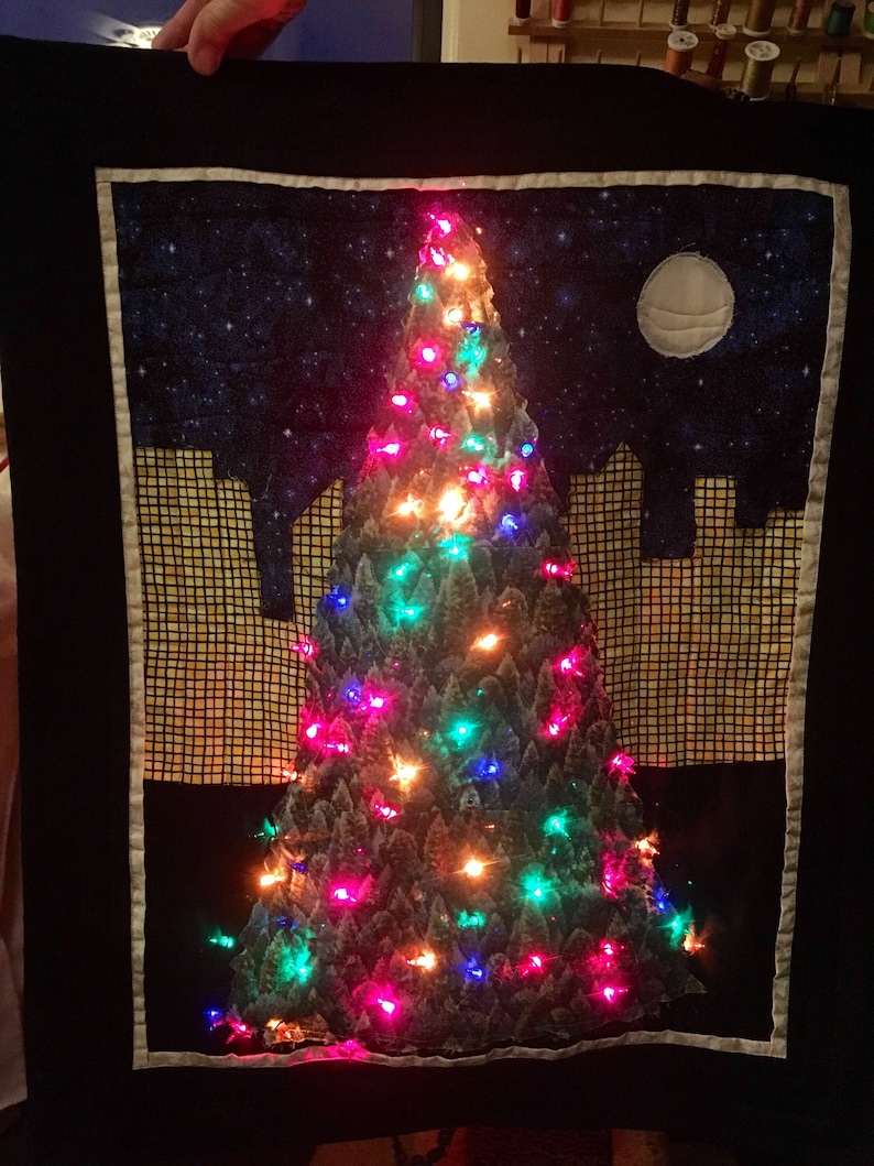 Christmas Tree Wall Quilt With Built In Lights 28 Cord
