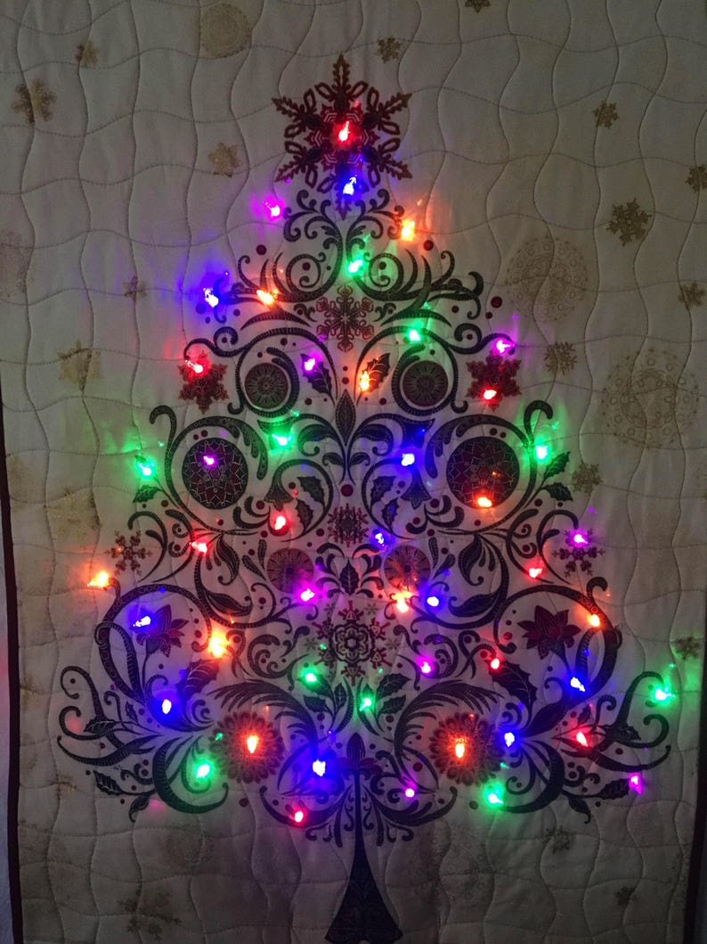 Christmas Tree Quilt With Built In Lights Battery Operated 8 Modes