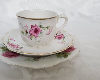 Vintage Floral Luncheon Plate Tea Cup and Saucer Trio