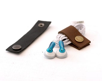 Leather Headphone Holder // (headphone snap, strap, organizer, cable wrap, headphone wrap, cable tie)