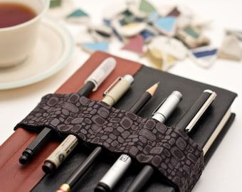 Journal Bandolier // grey pods // (a better pencil case, journal pen holder, book strap, pen loop, pencil roll, pen bandolier)