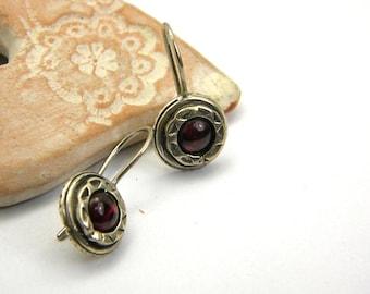 Garnet earrings, sterling silver short  dangle earrings small gemstone earrings, garnet jewelry, January birthstone, retro vintage style