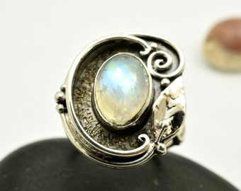 Moonstone ring sterling silver rainbow moonstone June Birthstone Ring leaf and spiral ring handmade jewelry, gemstone ring size 6.5 gift for