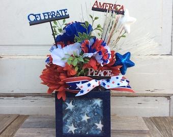 AGD Patriotic Decor - Peace Celebrate America Floral Display