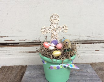AGD Easter Decor -Scroll Cross With Bunny and Lamb Display