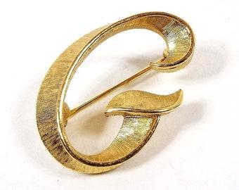 Mid Century 1960s Trifari Vintage Letter Initial B Stick Pin Gold Tone Lapel Pin