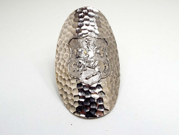 Vintage Scarf Ring Large Oval Hammered Silver Tone Crest Shield Knight on Horse Mid Century 1960s 60s