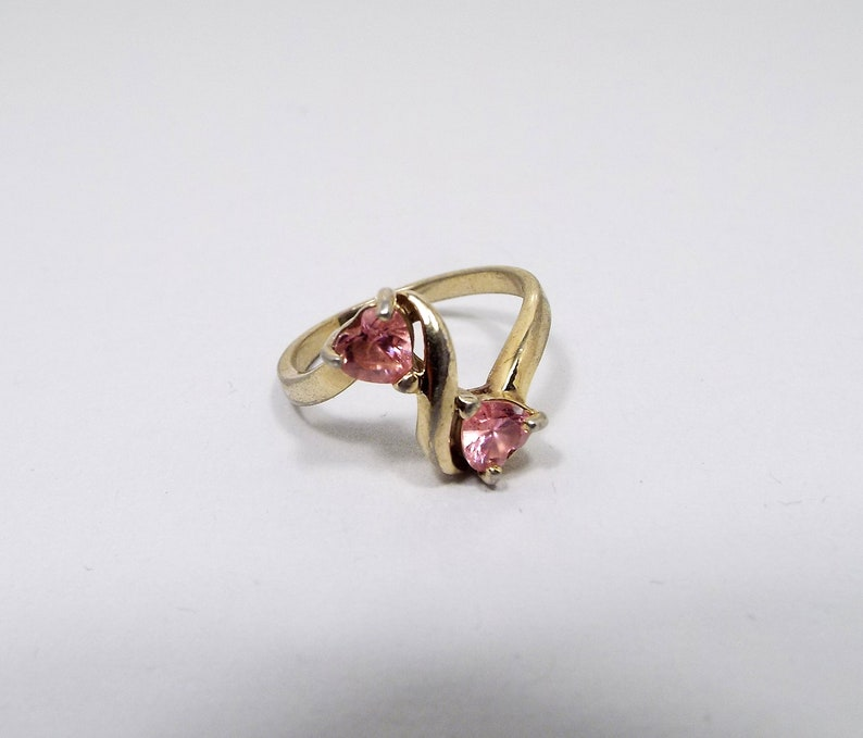 Valentines Day Gold Tone Pink Heart Rhinestone Vintage Ring Size 8 Retro 1980s 80s