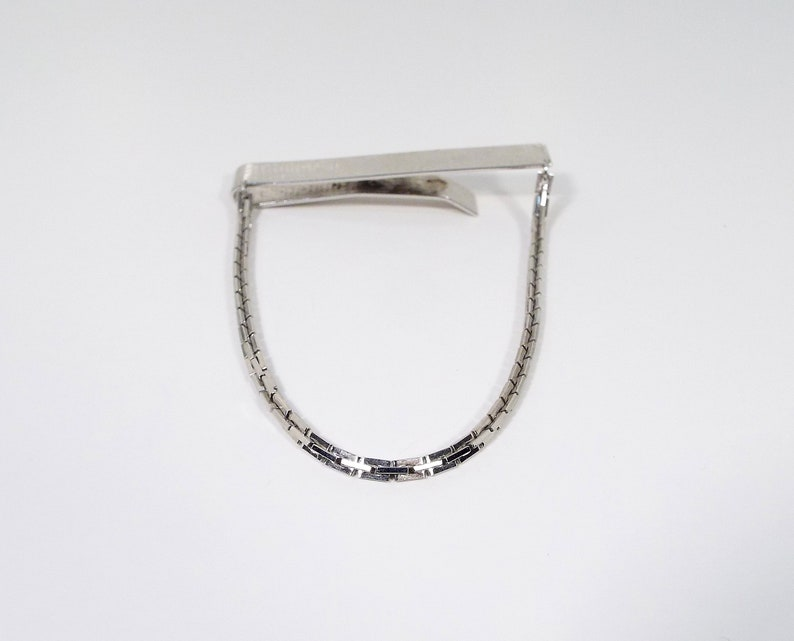 Sarah Coventry Big Large Vintage Tie Bar Clip Gentleman Jewelry Retro 1970s 70s Textured Silver Tone with Square Link Chain