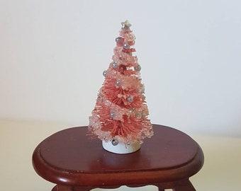 Dollhouse Miniature Christmas Tree, quarter scale