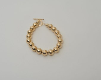 Gold filled ball  bracelet, made with 8mm gold filled balls.