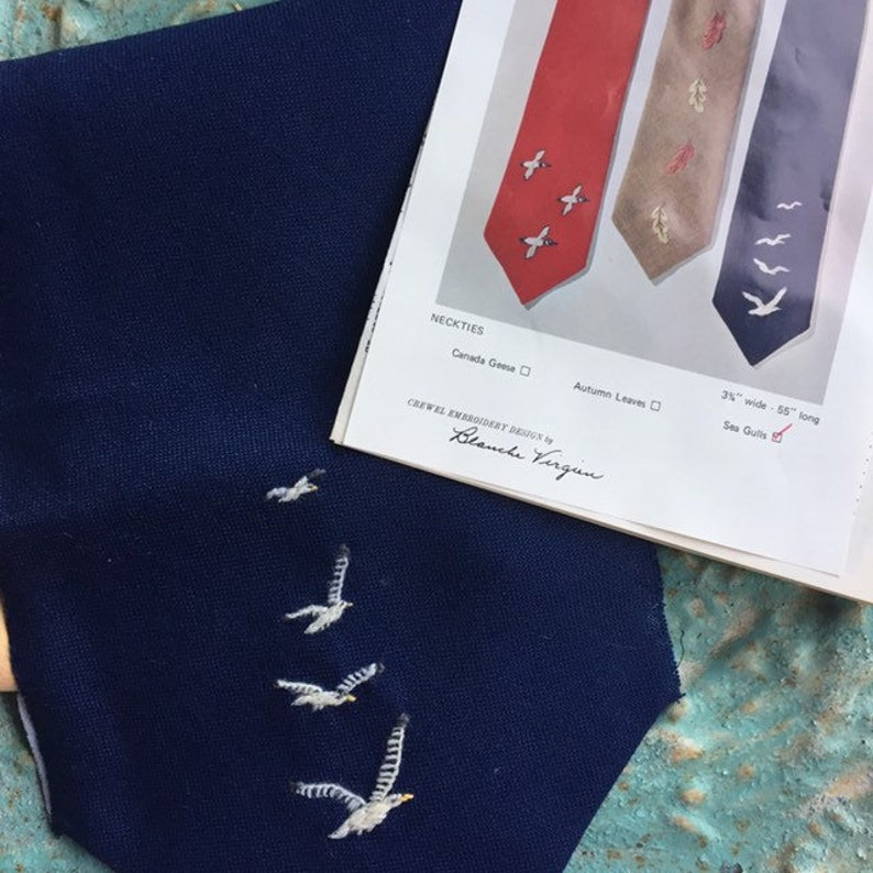 Crewel Kit Neck Tie Seagulls Navy Blue Bird White 1970s image 0
