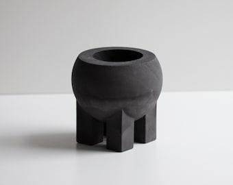 Belly Pot in Black