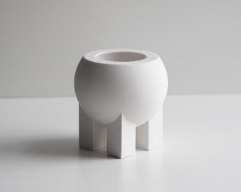 Belly Pot in White