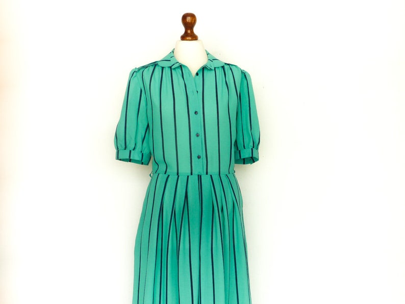 5c8e932976b3 Vintage Dress Green / Vertical Stripes / Shirt Dress / Short | Etsy