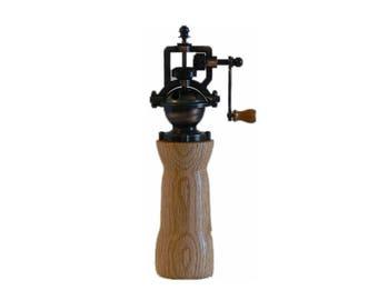 Pepper mill - pepper grinder - hand grinder -  Housewarming - Kitchen - hand mill - Foodie -  Chef – PG481