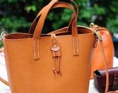 Artemis Leatherware Hand Stitched Leather Shoulder Bag/ Carry On Bag