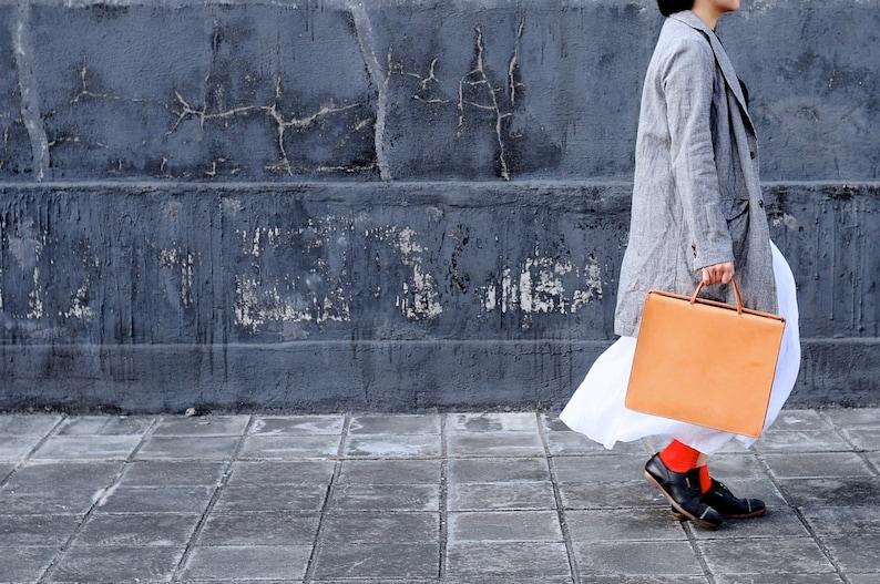 Artemis Leatherware Hand Stitched Leather Box Hand Bag/ image 0