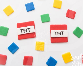 36 edible Minecraft and confetti cupcake toppers, square confetti, game lovers, game theme birthday, boy birthday, TNT