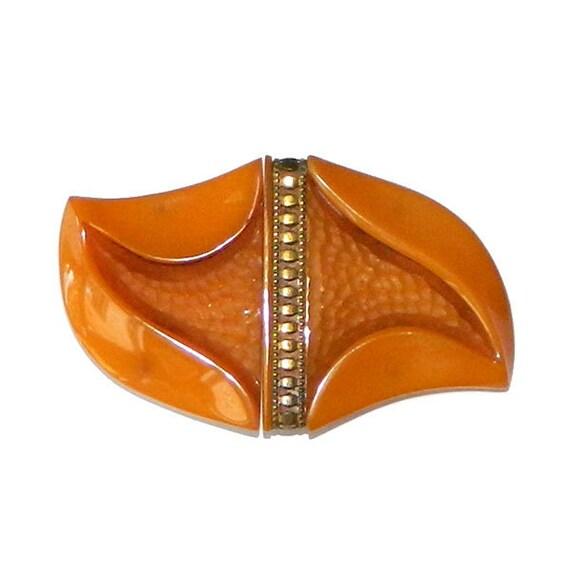 0026a7efa2b8 Boucle de ceinture en bakélite Orange années 1930   Etsy