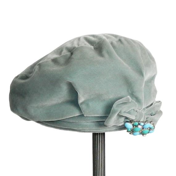 Vintage 1950s Celadon Blue Velvet Tam Hat