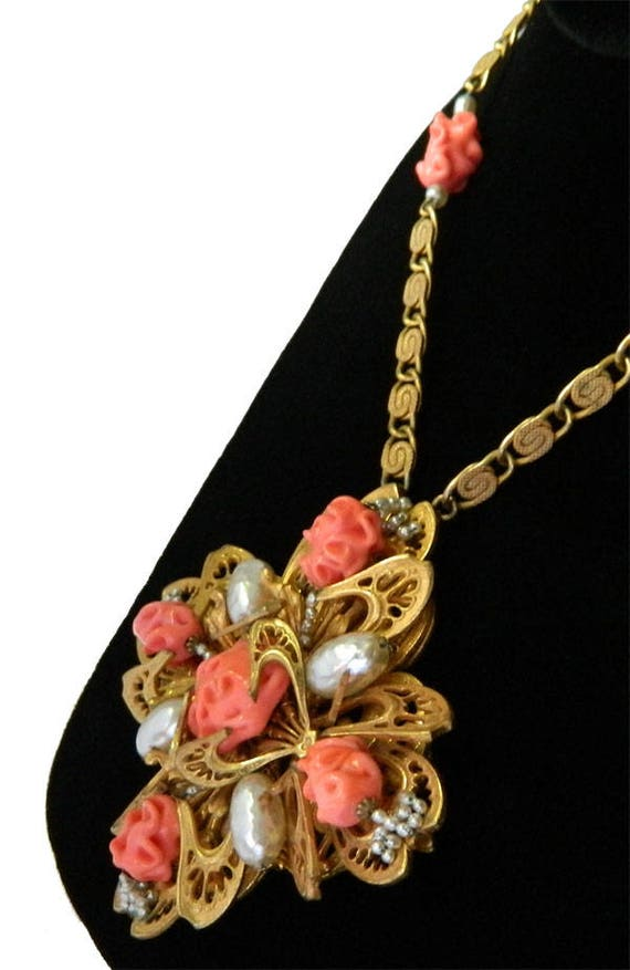 Vintage 1950s Miriam Haskell Pendant Necklace