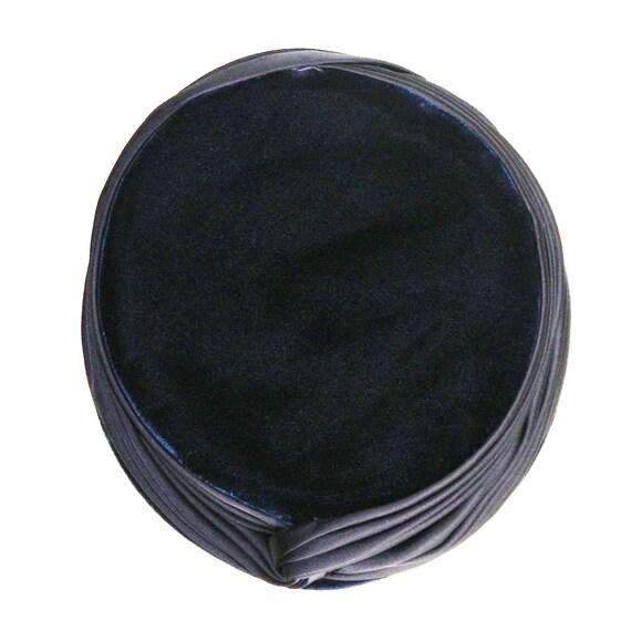 Vintage 1950s Blue Velvet Pill Box Hat - image 4