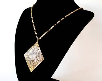 Filigree Stamped Diamond Necklace - Black and Gold - 90's