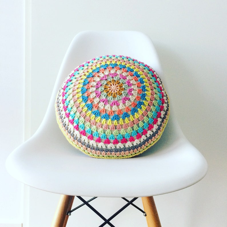Granny Square Pillow PDF crochet pattern image 0