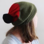 Colour Block Knitted SLOUCHY BEANIE|| Green Red Navy || Merino WOOL || Hat With Pom Pom || Hand Knitted