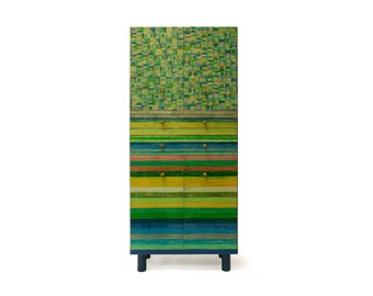 Cabinet with stripes