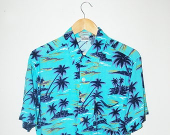 VINTAGE Men's 90s Hawaiian Purple Palm Trees Shirt / Available in sizes L and XL