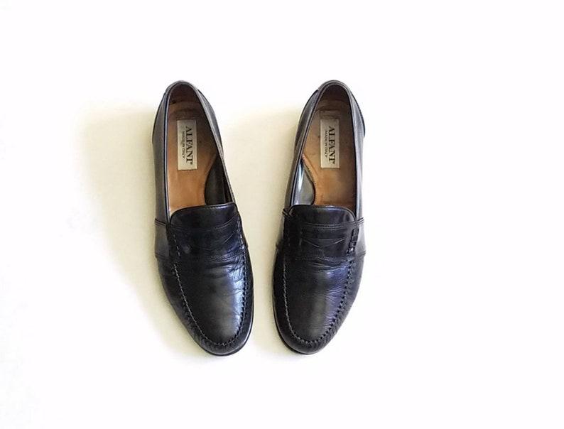 89f948ea20a4d Vintage Mens 8.5 Alfani Italian Slip On Penny Loafers Black Leather Wedding  Dress Shoes Hipster High Fashion Preppy Streetwear Style Mod