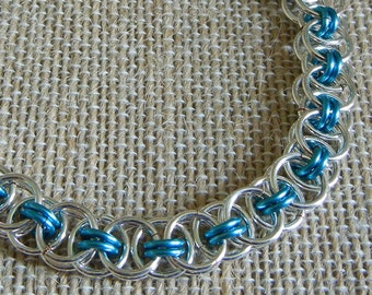 Celtic Helm or Parallel Weave Chainmaille Bracelet