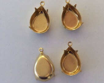 Polished Brass Settings Swarovski Elements 15x11mm pear 1 Ring 4 Prong Settings Qty - 4