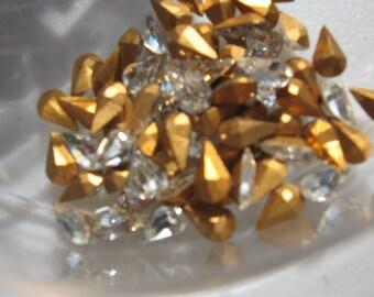 Vintage Crystal Rhinestones Pear 8x4.8mm QTY - 4
