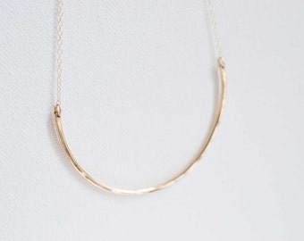 Hammered Arc Necklace | 14k Gold Fill