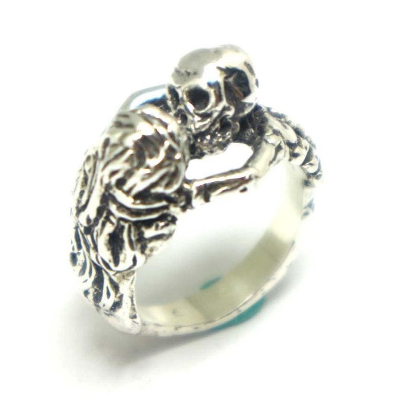 880a27169fa56a Silver Skull Kissing Women Ring Skull Ring Skull Jewelry   Etsy