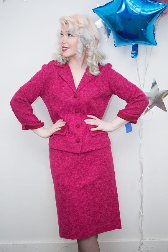 Vintage 1960s 1970s Deadstock Jackie O Kennedy Raspberry Pink Two-Piece  Skirt Suit, Jackie O Suit, Vintage 60s Suit, Mod 60s, 1960s Suit