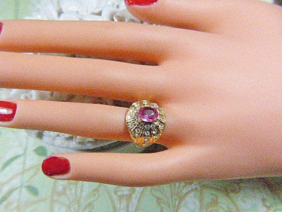 Vintage Gold and Pink Rhinestone Solitaire Ring -… - image 2