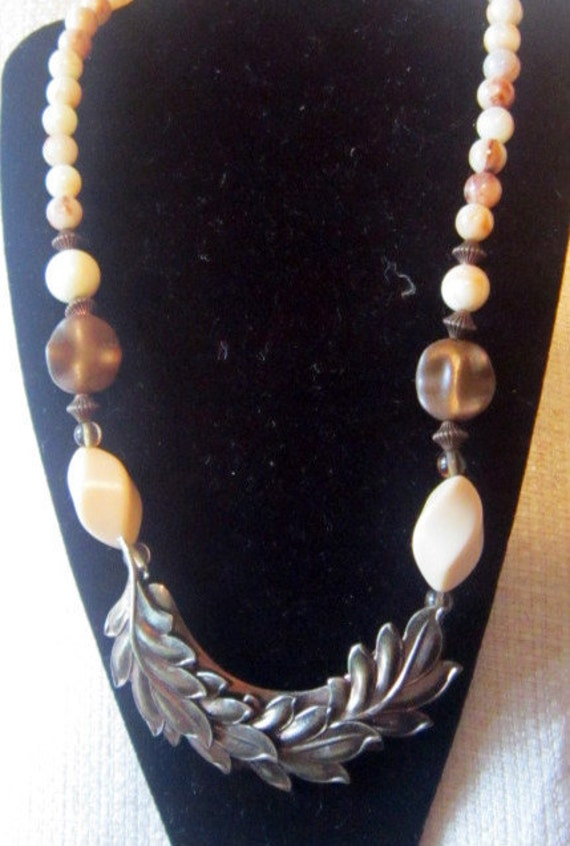 VINTAGE Bead and Metal Necklace - Beaded Necklace