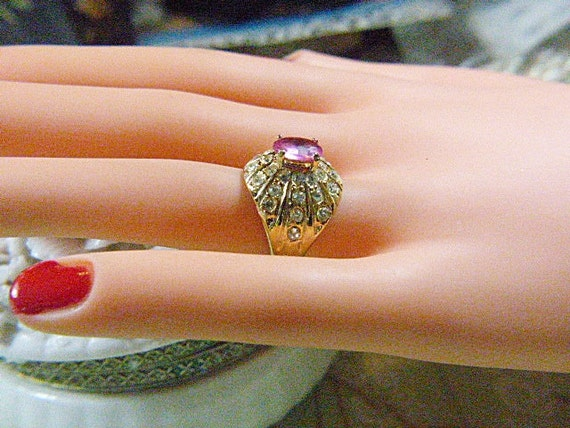 Vintage Gold and Pink Rhinestone Solitaire Ring -… - image 3