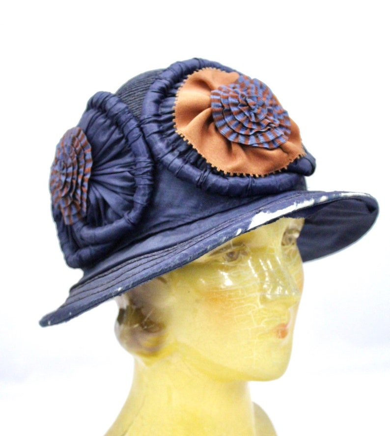 ab2ae04d2 Vintage 1920s Hat Ladies Cloche Flapper Navy Blue Straw   Etsy