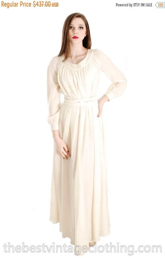 Vintage Vuokko Designer Dress 1970s  Ivory Wool Vo