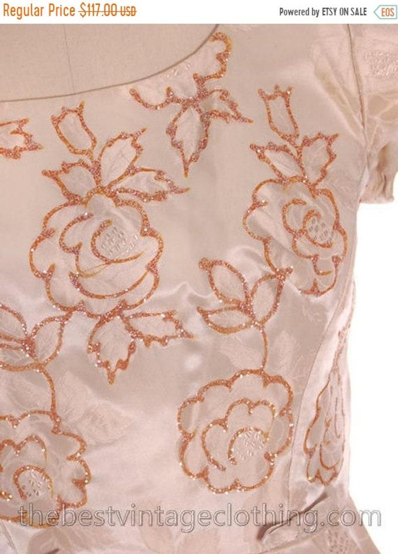 Sale Vintage Curvy Bombshell Cocktail Party Dress Beige Damask Embellished Bodice 1950s VLV M-L