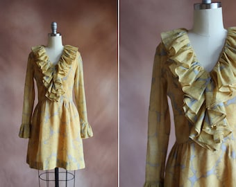 vintage 1960's pale yellow & grey floral ruffled dream mini dress / size s