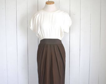 Vintage Wiggle Dress 80s Does 60s Two Tone White Brown Dress Cocktail Career Dress Small S / Medium M