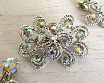 Aurora Borealis Brooch and Earrings Set - Vintage Celestial Rhinestone Brooch Earrings - 1960s Ornate Swirl Silver Tone Mid Century Jewelry